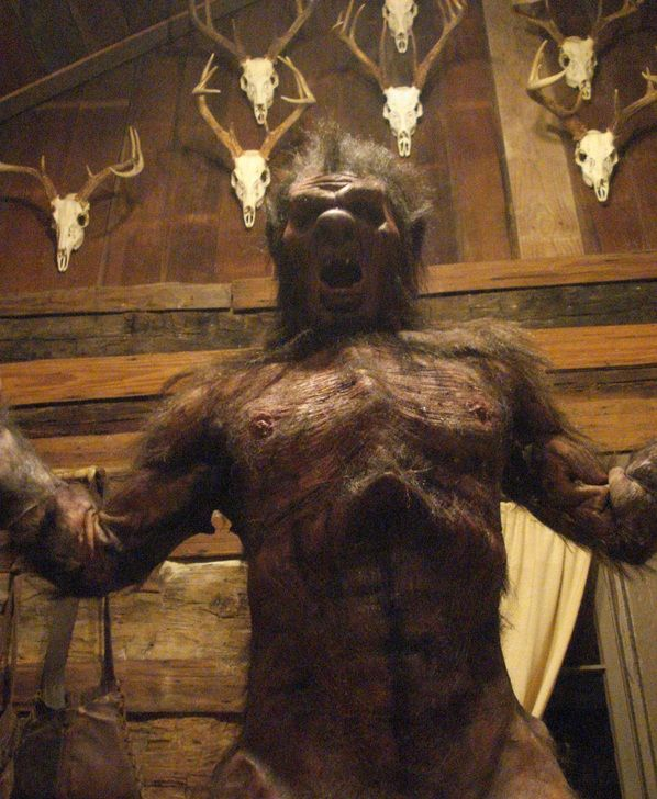 """First Photo Of The Eponymous Werewolf From """"Big Bad"""