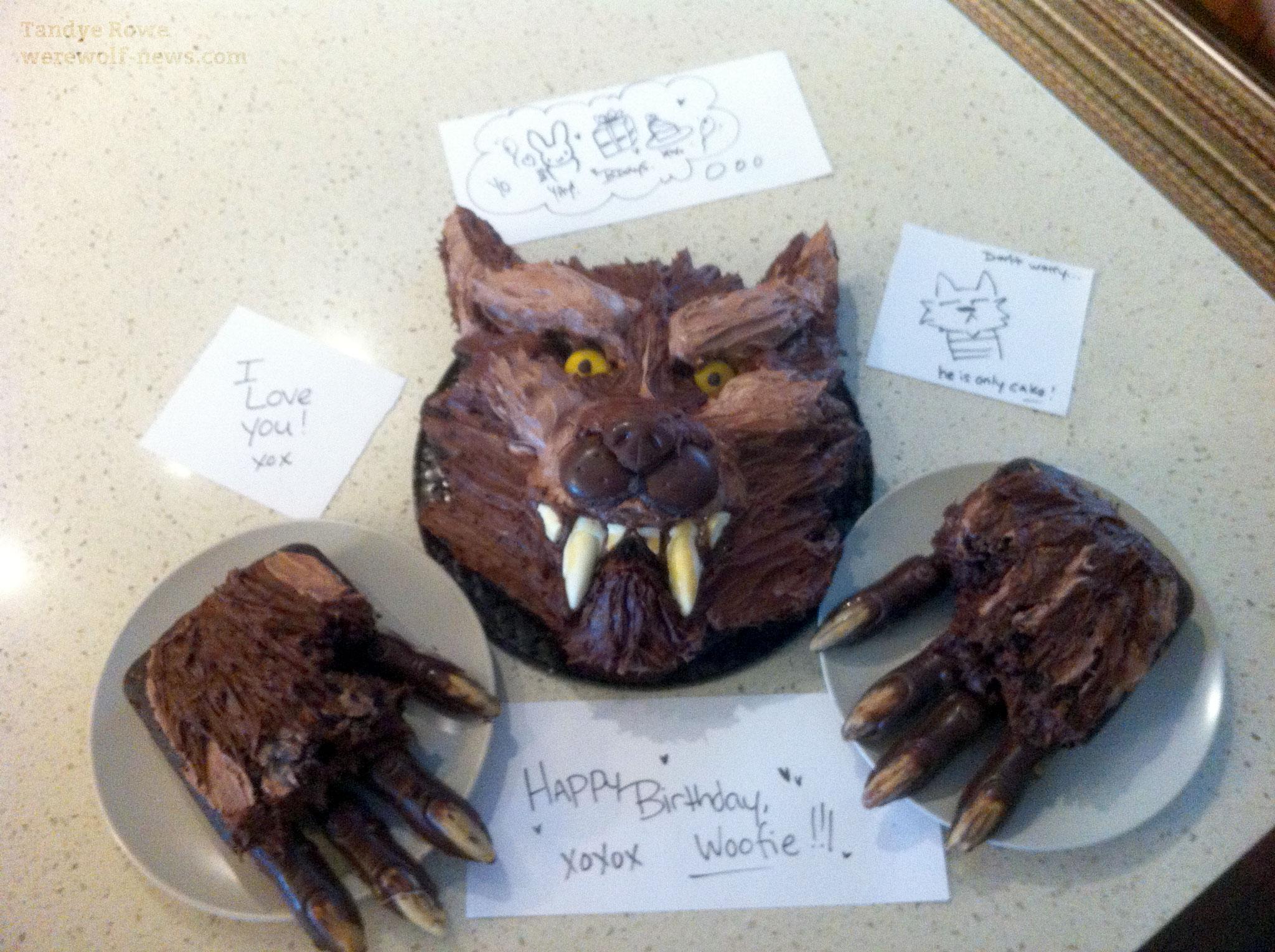 http://werewolf-news.com/wp-content/uploads/2012/05/tandye-werewolf-cake-1.jpg